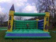 18x18 knight bouncy castle